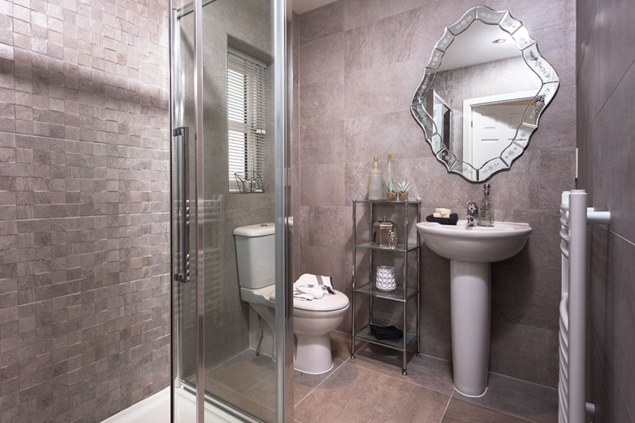the green pudsey laurel showhome bathroom