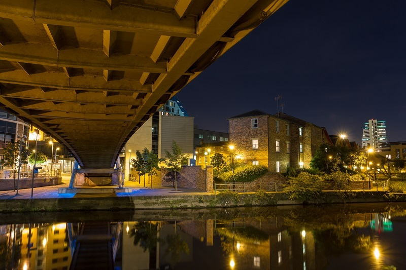 River-Aire-in-South-Bank-Area-of-Leeds-At-Night.jpg